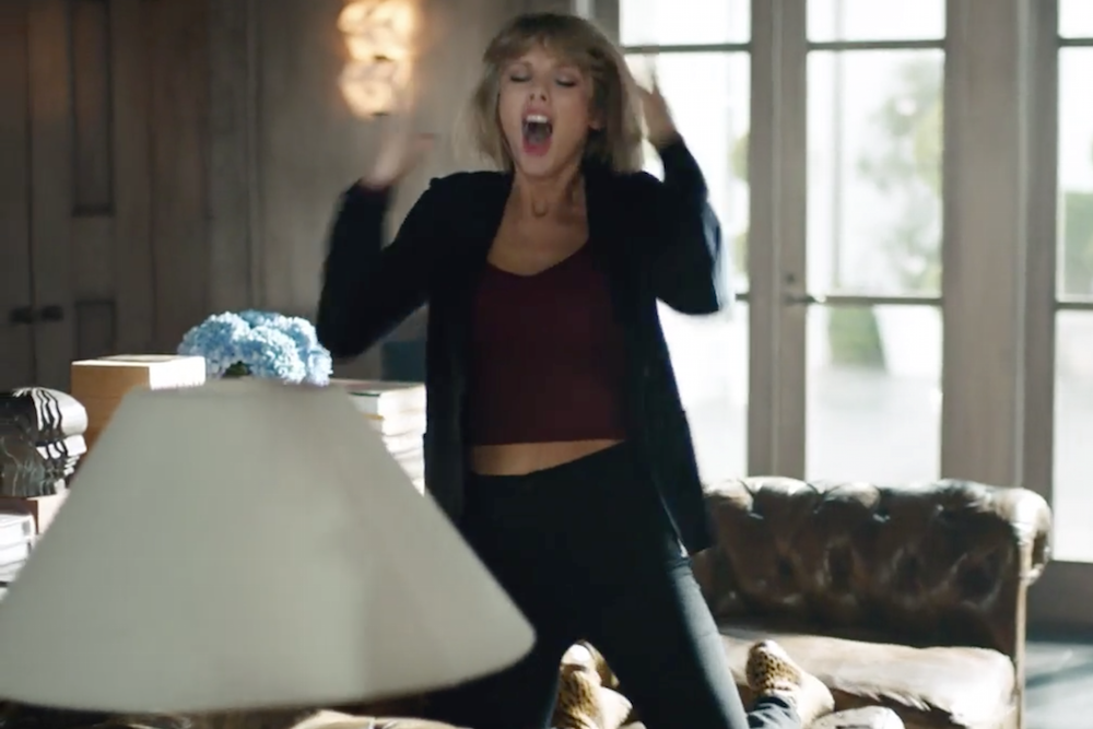 taylor-swift-the-darkness-i-believe-in-a-thing-called-love-apple-music-ad-video-watch