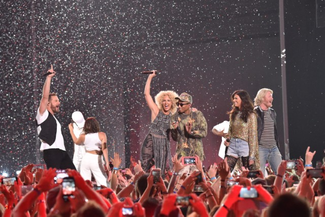 Little Big Town at 2016 CMT Music Awards - Show