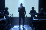 Usher Brings a Slow-Motion 'Crash' to 'Fallon'
