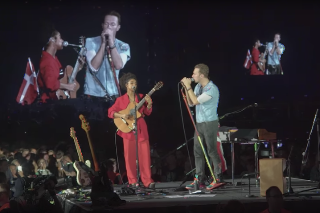 coldplay-lianne-la-havas-sometimes-it-snows-in-april-prince-cover-video-watch