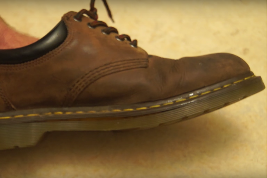 death-grips-giving-bad-people-good-ideas-video-watch-this-old-shoe