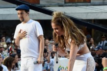 Jennifer Lopez & Lin-Manuel Miranda Perform On NBC's