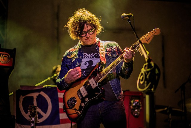 ryan-adams-oasis-covers-morning-glory-supersonic-video-watch