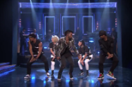 Jason Derulo and the Roots Make Us Want to 'Kiss the Sky' on 'Fallon'