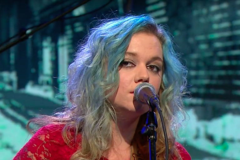 lydia-loveless-out-on-love-cbs-this-morning-video