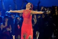 MTV VMAs 2016: Rihanna to Receive the Michael Jackson Video Vanguard Award