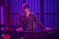 James Blake Gives Haunting Performance on <em>Late Night with Seth Meyers</em>