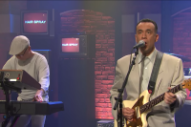 Watch the First Performance by Test Pattern, Fred Armisen's Talking Heads Parody Band