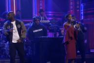 """Watch De La Soul and Estelle Perform """"Memory of… (US)"""" on <em>Fallon</em>"""