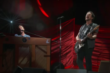 eddie-vedder-chris-martin-global-citizen-festival-video