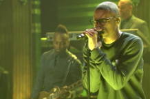 vince-staples-smile-the-roots-fallon-video