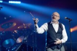 """Phil Collins Has Rightfully Hated Paul McCartney for 14 Years for Calling Him """"Our Little Phil"""""""
