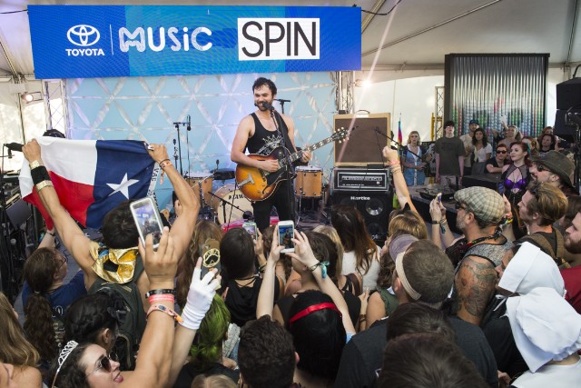 Shakey Graves at Toyota Music Den