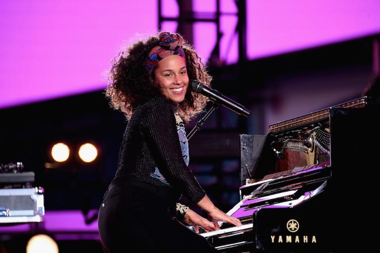 Alicia Keys Celebrates Upcoming New Album
