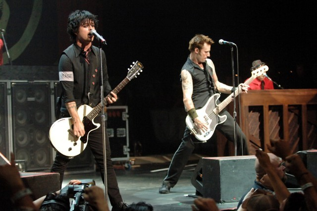 Who Is Green Day Touring With : green day announce 2017 tour with against me spin ~ Vivirlamusica.com Haus und Dekorationen