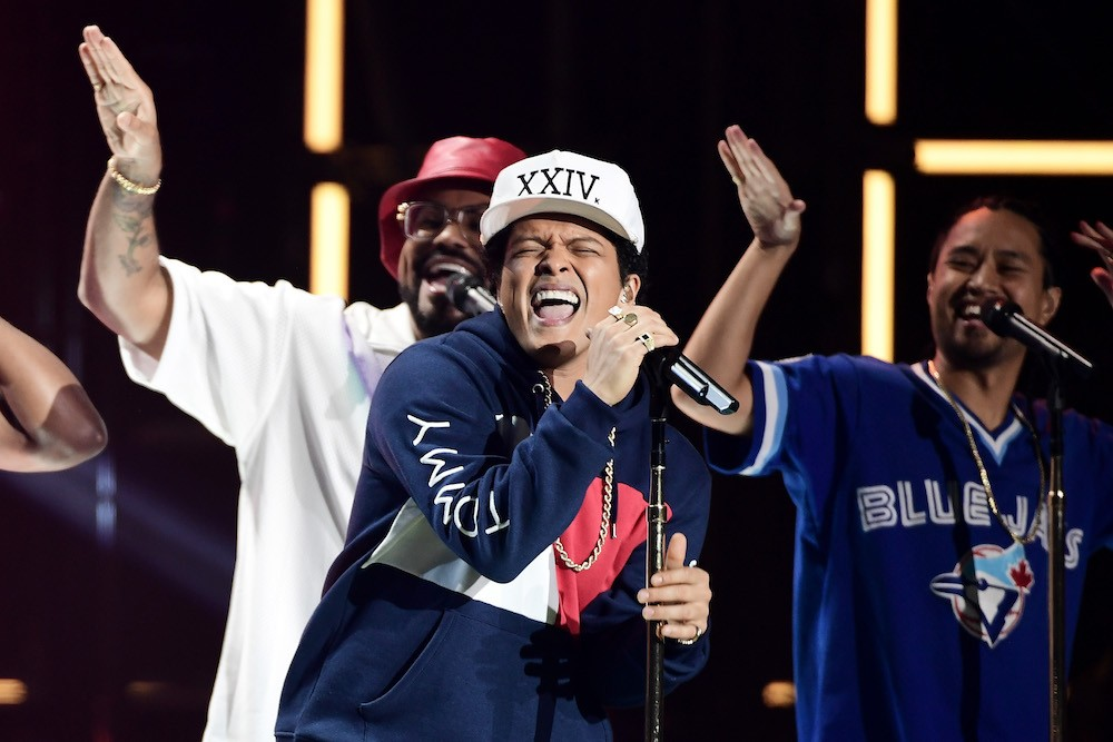 These Are the 9 Horniest Lyrics on Bruno Mars's 24k Magic | SPIN