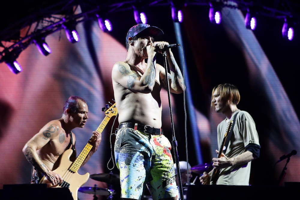 red hot chili peppers extend north american tour spin. Black Bedroom Furniture Sets. Home Design Ideas