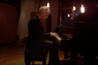 "Video: John Cale – ""Hallelujah"" (Leonard Cohen Cover)"