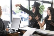 Watch Carrie Brownstein and Fred Armisen as Shopping Goths and Office Weirdos in Three New <i>Portlandia</i> Sketches