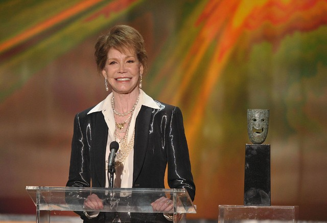 TNT/TBS Broadcasts The 18th Annual Screen Actors Guild Awards - Show