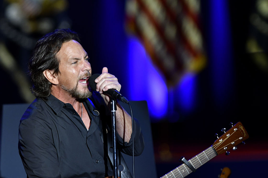 Eddie Vedder Covers Neil Young, Patti Smith at Obama's Farewell Address in Chicago