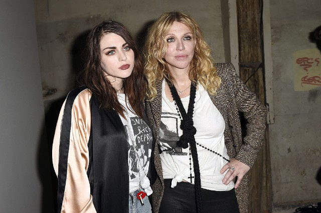 Frances Bean Cobain Doesnt Care About Your 90s