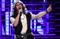 "Andy Samberg Performs ""Alive"" as Eddie Vedder at the Independent Spirit Awards"