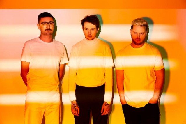 alt-j-in-cold-blood-stream-1490814502