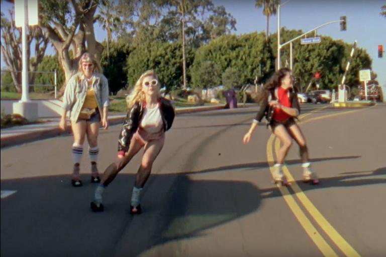 beach-slang-spin-the-dial-roller-skating-video