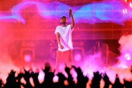 "iHeartRadio Music Awards 2017: Watch Big Sean Perform ""Bounce Back"" and ""Moves"""