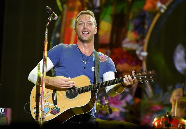 coldplay-george-michael-cover-1483111700-640x444