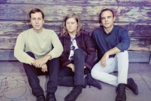 Future-Islands-by-Tom-Hines-1-1485894948-640x427-1490355910-640x427-1491507400