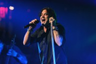 Scott Stapp Says Scott Weiland's Ghost Visited Him In The Bathroom