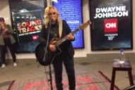 Melissa Etheridge Spent Tuesday Morning Busking on a New York City Subway Platform