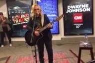 Melissa Etheridge Spent Tuesday Morning Busking on a New York City Subway Platform
