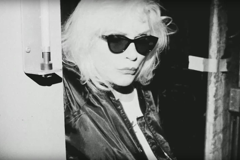 blondie-long-time-video-1492613184