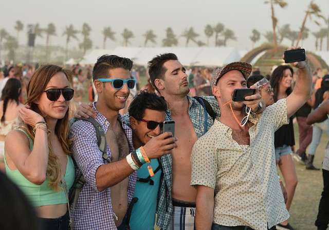 NY  man stole more than 100 cellphones at Coachella