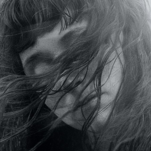 waxahatchee-out-in-the-storm-1492465006