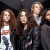 """Why Soundgarden Thought Being Compared to Led Zeppelin Was """"a Thorn"""" in Their Side"""