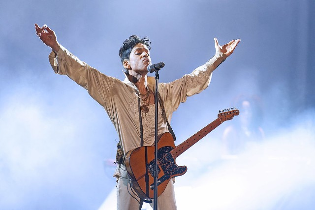Day 3 Of Hop Farm Festival 2011 - Prince Headlines