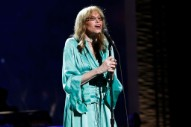 """Who Do You Think Carly Simon's Newly Revealed """"You're So Vain"""" Verse Is About?"""