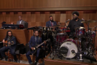 Listen to the Roots Cover the <i>Twin Peaks</i> Theme on <i>Fallon</i>