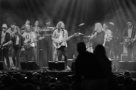 "Watch Broken Social Scene and Johnny Marr Perform ""Anthems For a Seventeen-Year-Old Girl"" in Manchester"