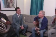 "Paul Simon and Stephen Colbert Adapt ""Feelin' Groovy"" For the Trump Era"