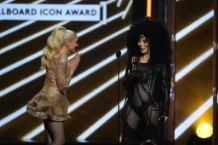 cher-billboard-awards-icon-award-accpetance-speech-1495421728