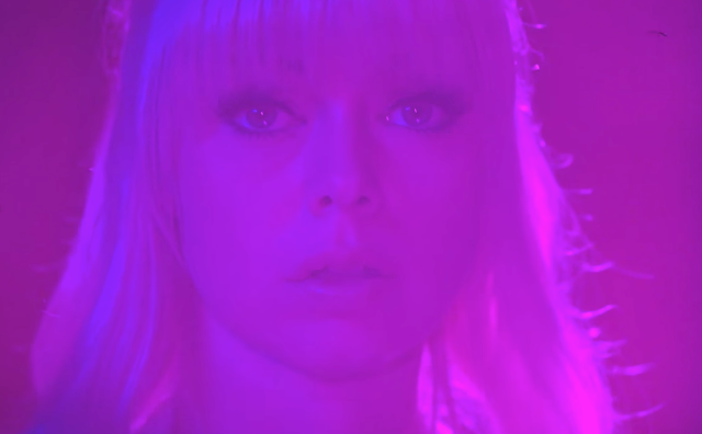 chromatics-shadow-1495456535