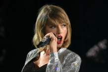 is-harry-styles-two-ghosts-about-taylor-swift-1494620180