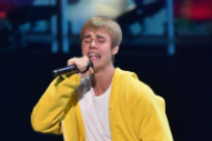 "Justin Bieber Doesn't Know Spanish Words to ""Despacito,"" Sings ""Blah Blah Blah"" Instead"