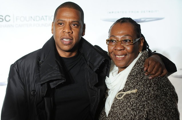 Jay z voices support for his mother coming out on smile spin jay z and his mother gloria carter used the rappers new 444 track smile as a platform to share the emotional turmoil of being a closeted gay woman malvernweather Image collections
