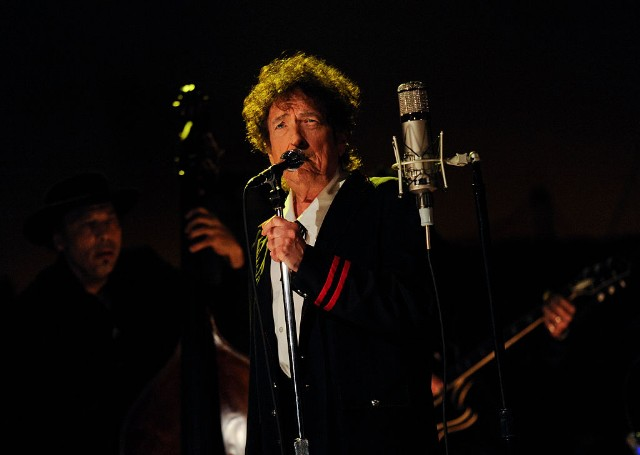 Bob Dylan Accused of Plagiarizing Portions of Nobel Prize Lecture